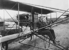 Glenn_L._Martin_in_pusher-biplane